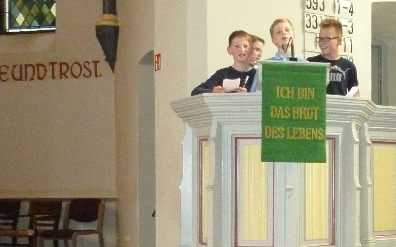 Kirchenbesuch in Niederschelden