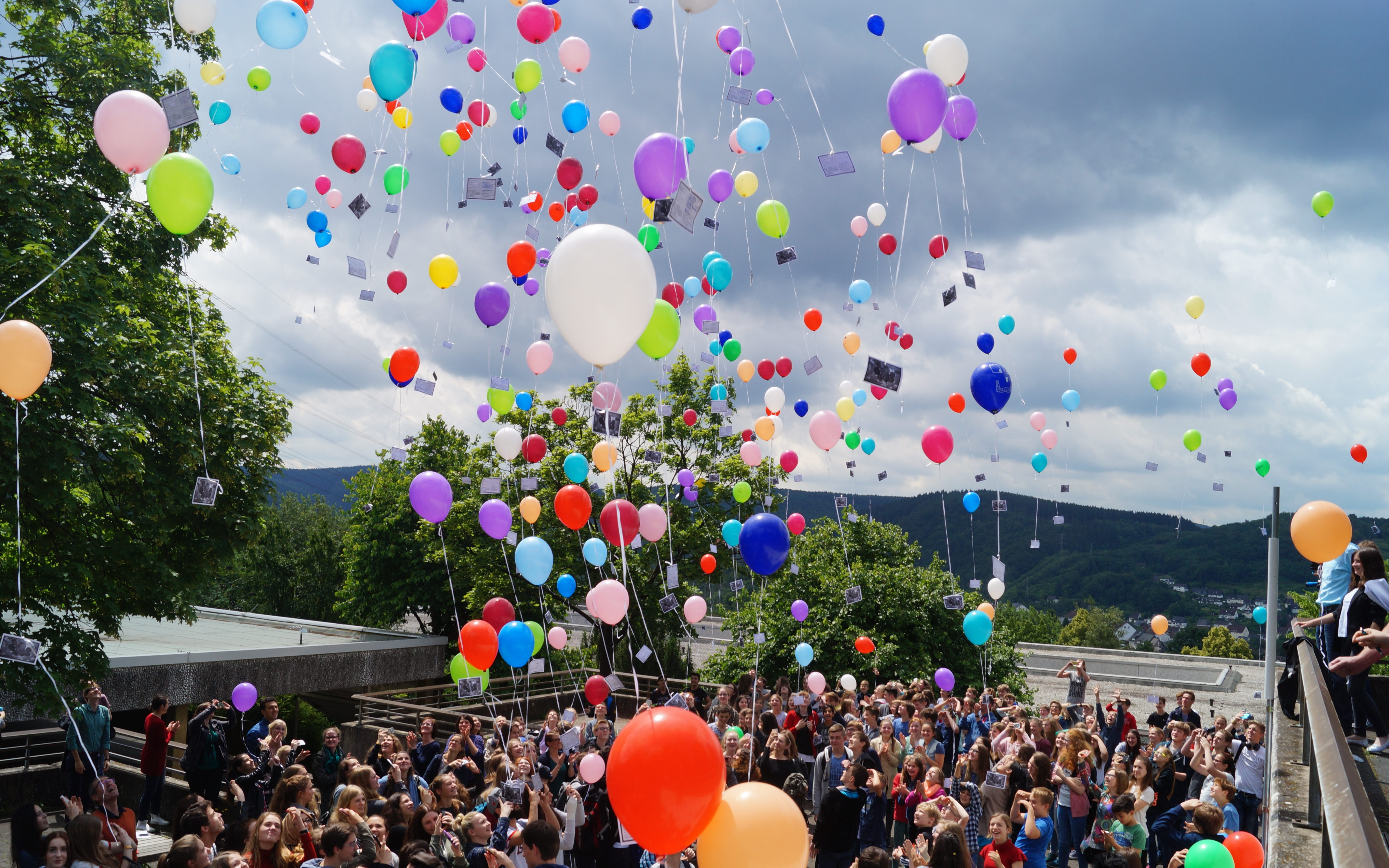 Die weite Reise der Luftballons